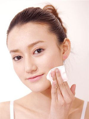 化妆水防干燥