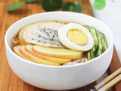快意十足的消夏美食 韩式水果凉面