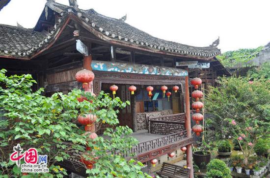俯瞰万寿宫戏台酉阳万寿宫 江西人的会馆据古镇上的老人讲,...