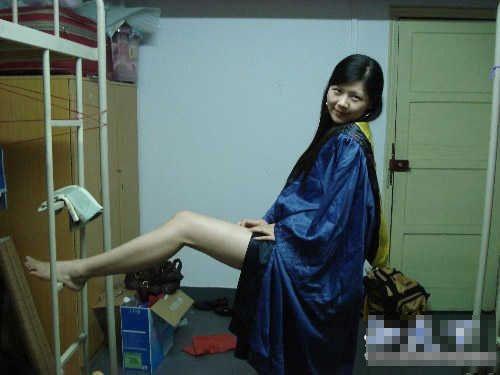 飞扬的青春,疯狂的大学,激情的女生宿舍!