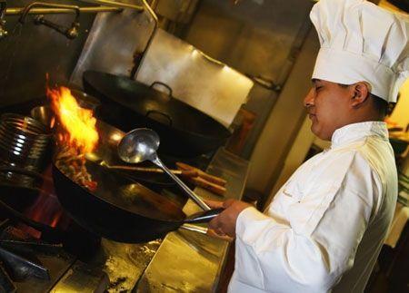 潜艇厨师年薪125.8万