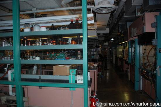 化学实验室(图片来源:陈伟)