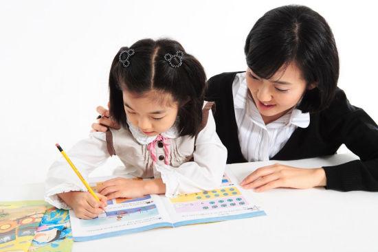 父母五种行为让孩子丧失自信