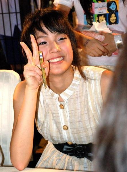 """清迈号称""""美人窝"""",这里的女人肤色白细,身材婀娜,是泰国最美的女人。"""