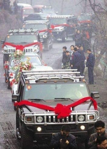 看看中国煤老板的霸气生活!
