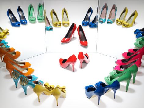 两性技巧:穿高跟鞋可改善性生活质量_新浪厦门