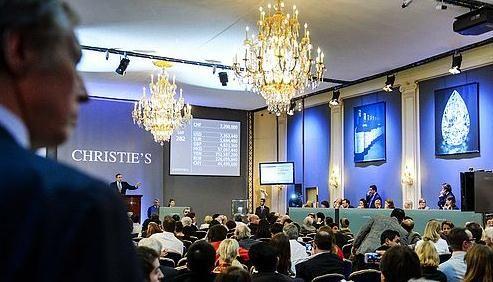 瑞士101.73克拉巨钻拍卖2300万美元破记录