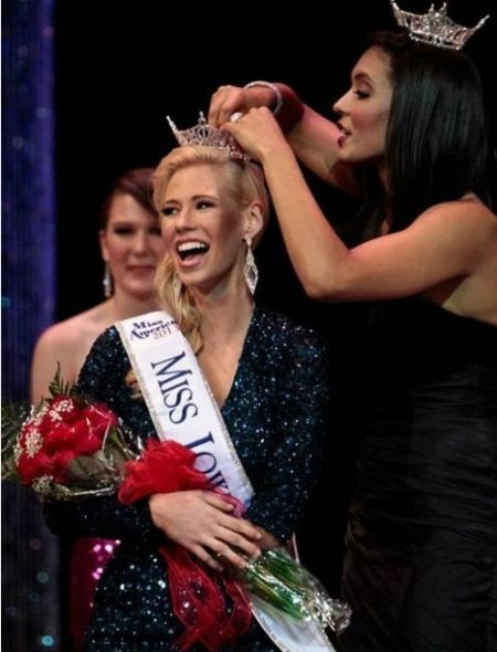 独臂女摘美国小姐分区桂冠
