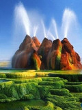 内华达沙漠绝美间歇泉
