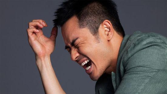 """鄭嘉穎個性寫真曝光魅力熟男變成""""表情帝"""""""