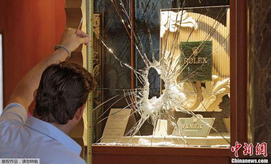 法國尼斯珠寶展遭竊數塊名表被盜(圖)