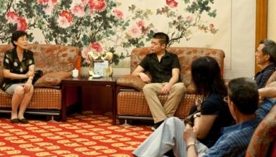 中国驻俄罗斯使馆前公使衔教育参赞 裴玉芳女士接受记者采访