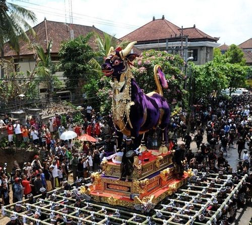 走进神秘的巴厘岛皇家火葬仪式