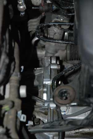 张先生的变速箱可以看出有明显渗油迹象