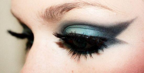 单眼皮眼线的画法 画出饱满迷人大眼睛