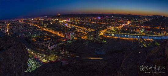 璀璨山城夜