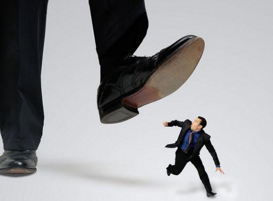 如何超越职场自卑图片