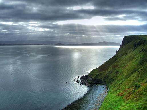 天空岛也是英国比较大的seal的栖息地
