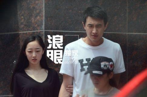 林更新蒋梦婕频曝绯闻 网友调侃:周冬雨呢