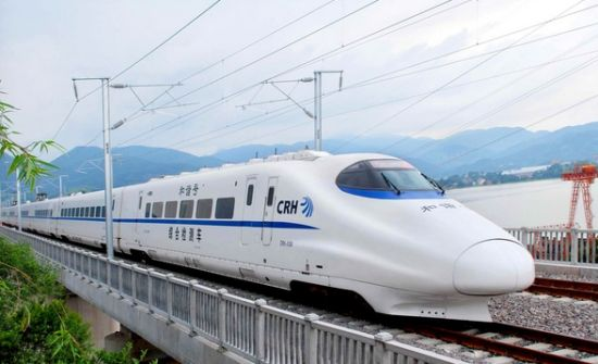 中国高铁驶出国门 物美价廉受多国好评