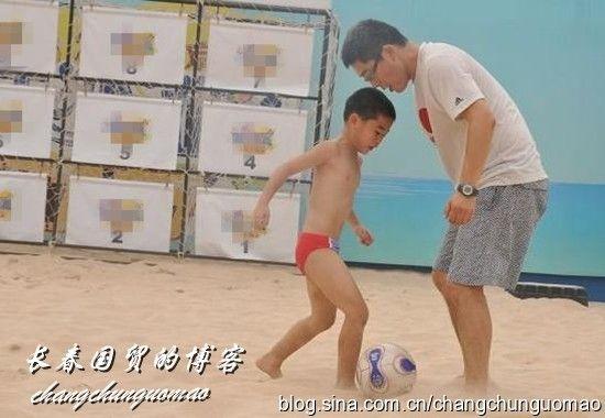名嘴刘建宏11岁儿子曝光