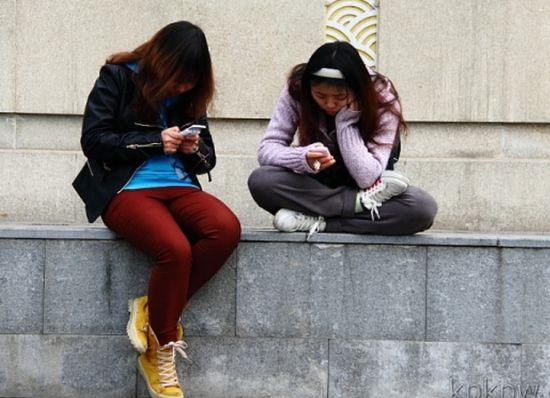 女孩玩网游被曝不雅视频 裸露画面流出