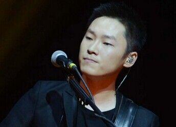 梁博北京演唱会《你的我的》live