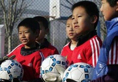 国务院规划足球发展 推广校园和社会足球