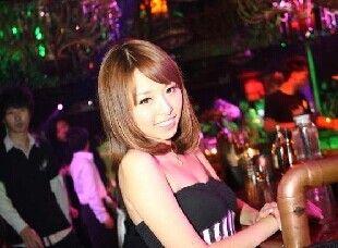 女子走出酒吧遭陌生人约开房 拒绝后被暴打