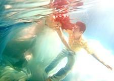 在海洋里起舞 石家庄水下摄影