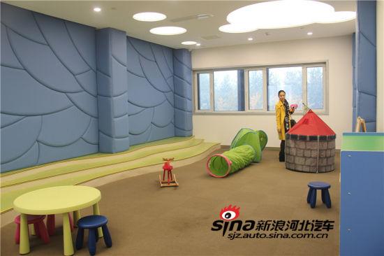童活动室_儿童活动区