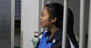 探访尴尬的民间孤儿院:合理不合法