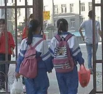 县城黑道大姐连续多年逼迫数名中学女生卖淫