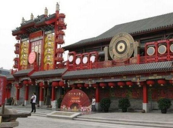 记者暗访刘老根大舞台 员工称反腐致生意惨淡