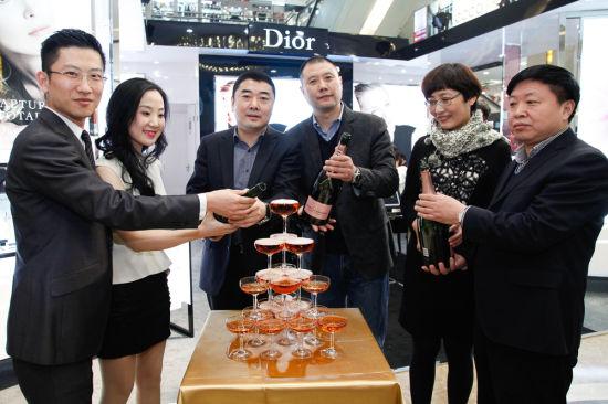Dior迪奥在石家庄北国商城开启梦幻护肤体验盛宴