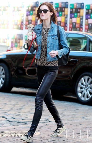 牛仔夹克+黑色紧身裤1