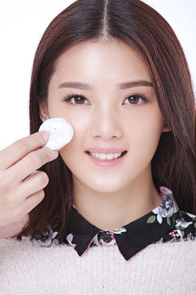 选择高保湿的定妆粉
