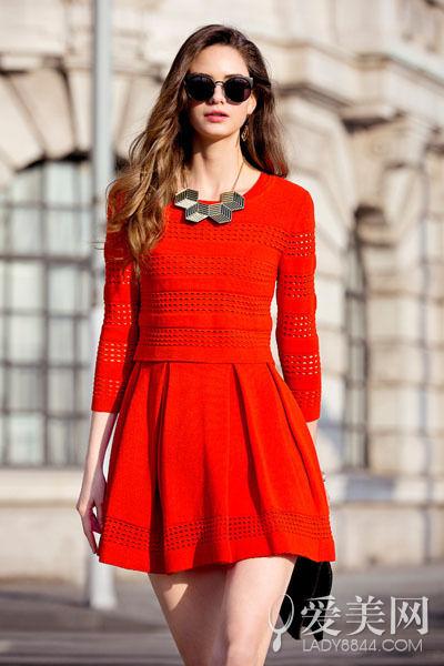 时尚气质两件套针织连衣裙