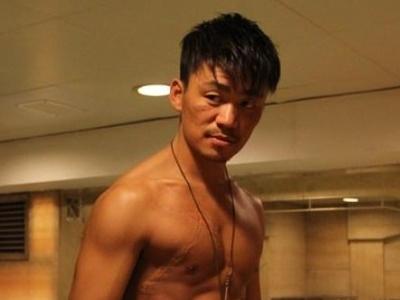 王宝强骨折后报平安 因伤或影响影视剧拍摄