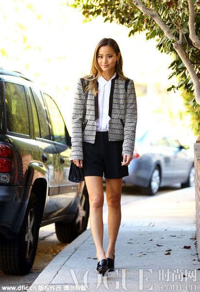 短裤+西装小外套