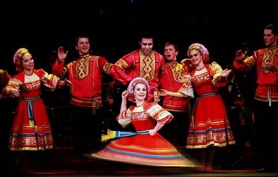 俄罗斯红星歌舞团演出