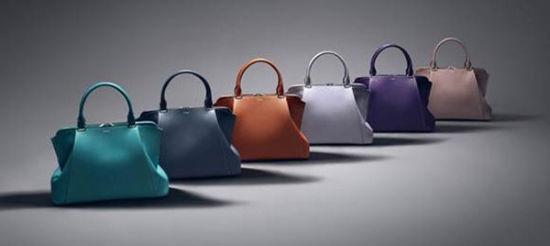 C de Cartier 系列手袋