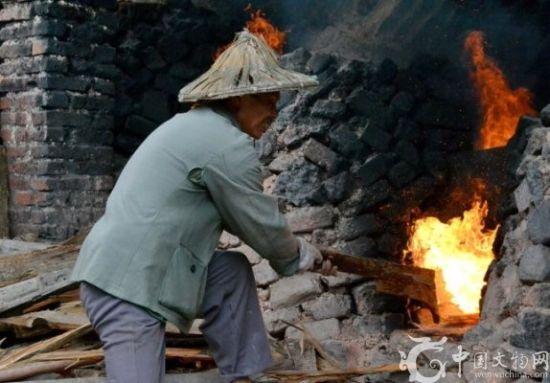 被陶瓷界称为德化千年柴烧窑炉