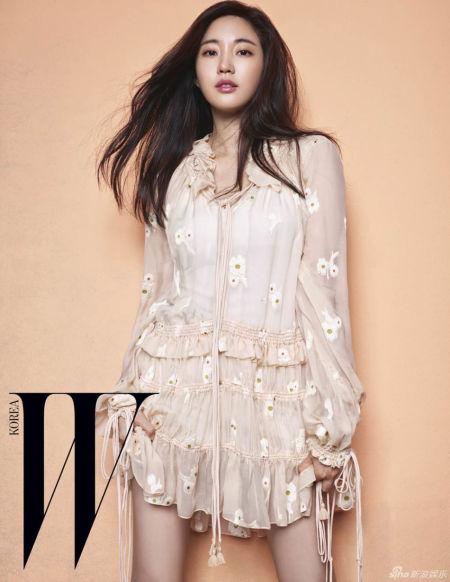 37岁韩星金莎朗写真展青涩成熟双重魅力
