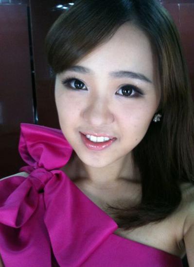 美女沙滩主播王欢回顾去世因病逝世主持人胖中国央视美女图片