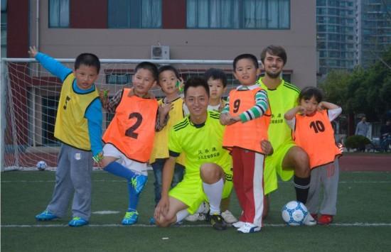 少儿足球培训——让孩子的体质远离危险边缘