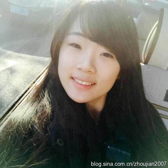 张凯丽18岁女儿近照曝光 甜美可人像妈妈 图