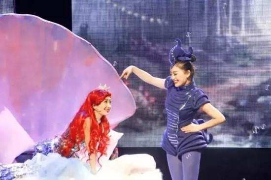 《白雪公主之魔镜奇缘》,《宝莲灯》,《小红帽之魔法森林》,《阿拉丁