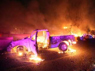 气罐车居民区爆炸