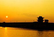 夕阳下的广府古城